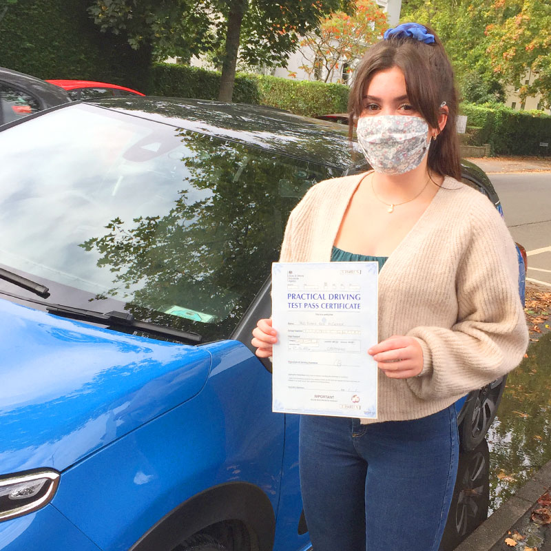Niamh McCreanor passed the driving test with Mat Clark Driving in Evesham.